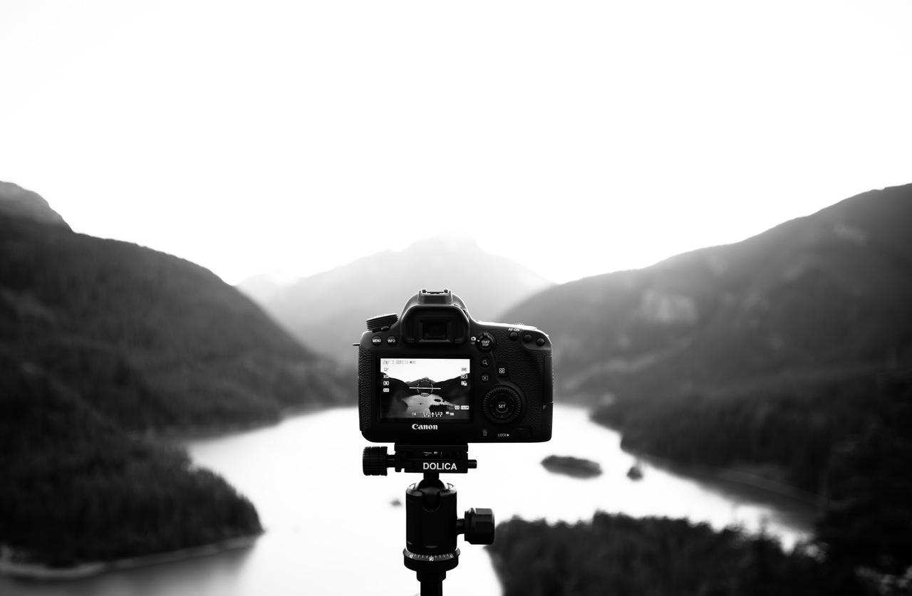 """Διαγωνισμός Φωτογραφίας με θέμα """"Φως και σκιά"""""""